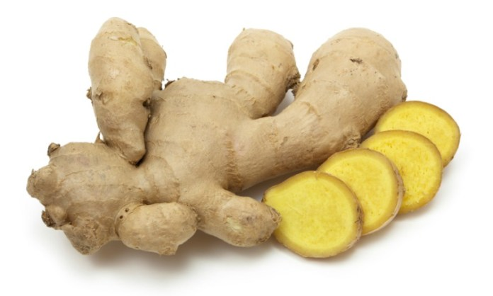 Ginger roots with slices