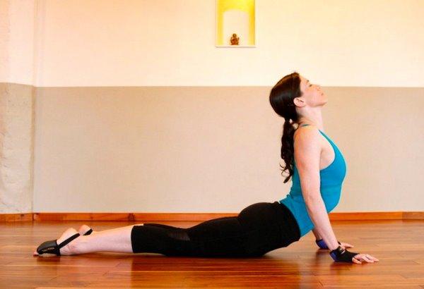 Bhujangasana for back pain relief