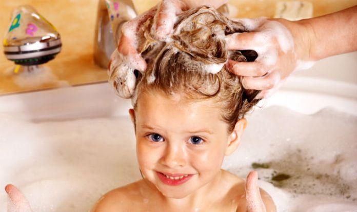 shampooing hairs