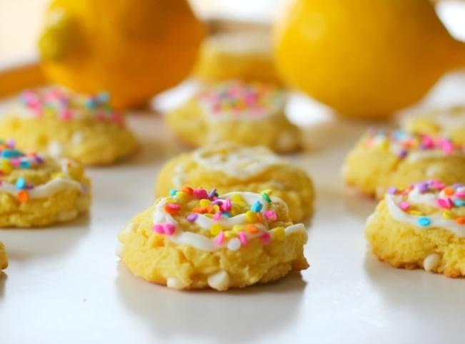 Tangy Lemon Cream Cheese & White Chocolate Chip {Cake Mix} Cookiesnologobest
