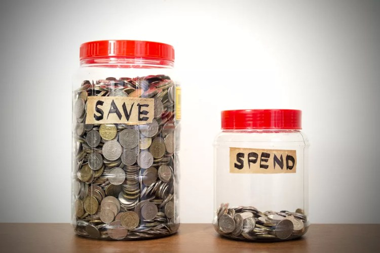 Two jars marked save and spend.