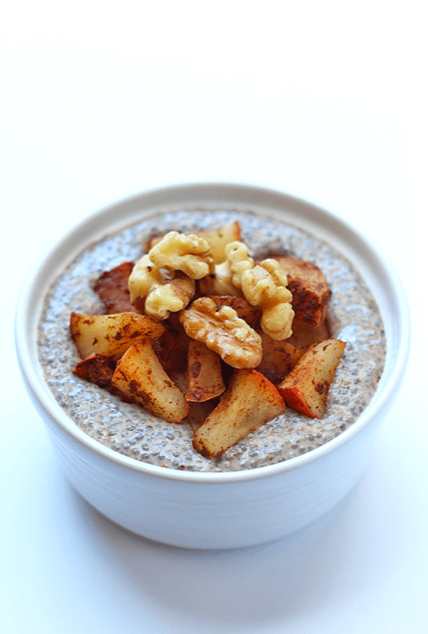 Apple Pie Chia Pudding - a few simple ingredients makes an amazing healthy treat