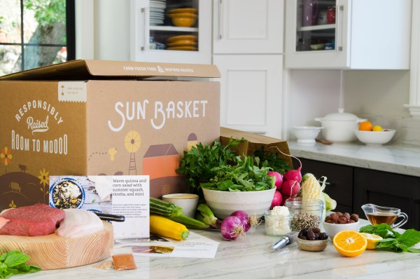 Sun Basket is a new healthy meal kit service that delivers organic ingredients and delicious, easy-to-make recipes. Enter to win a week of free meals!