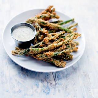These baked green bean fries will be your new go-to healthy side dish! They are perfectly crispy, and are completely grain-free!