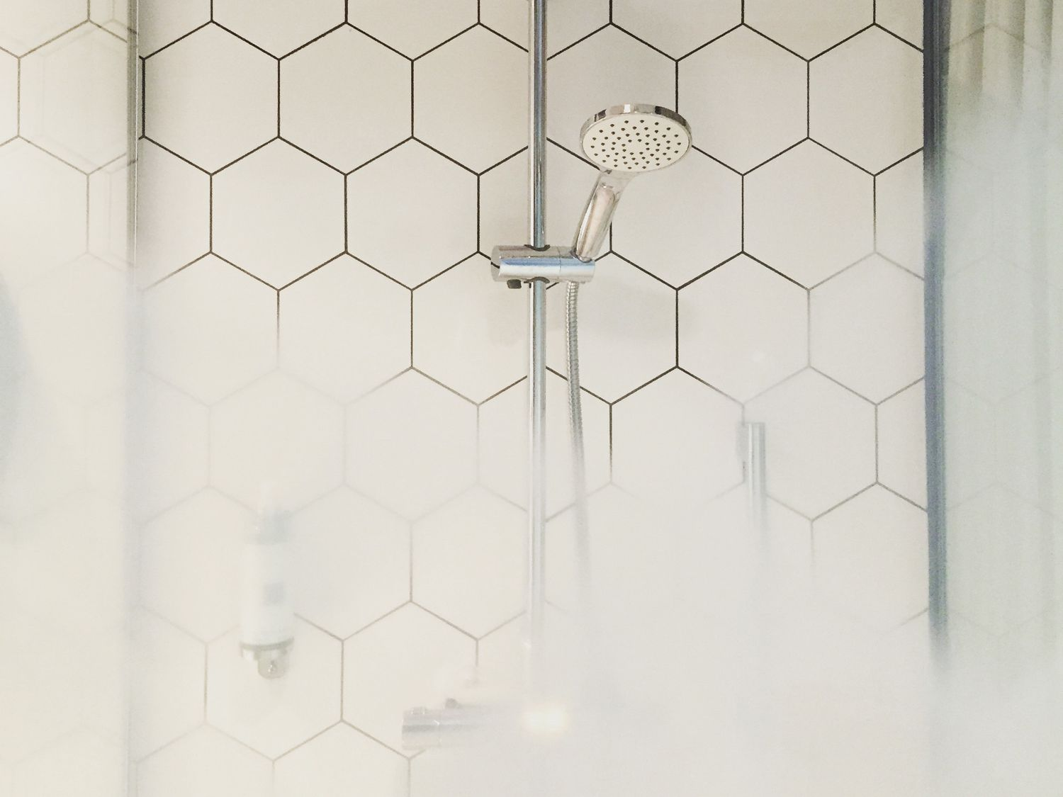 learn how to install wall tile