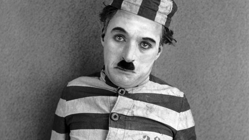 """Story of great Comedian """"Charlie Chaplin"""""""