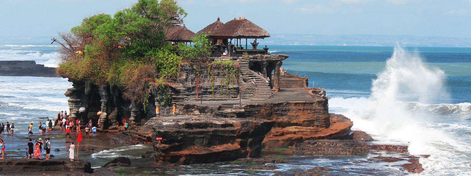 Bali car rental with driver