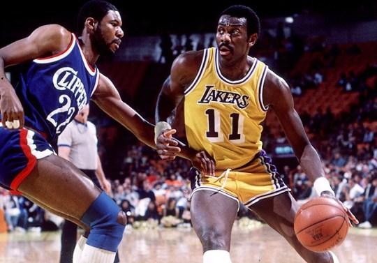 Bob-McAdoo-Lakers