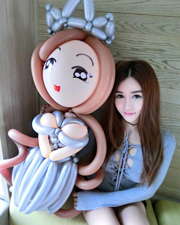 singapore-naomi-liu-balloon-princess
