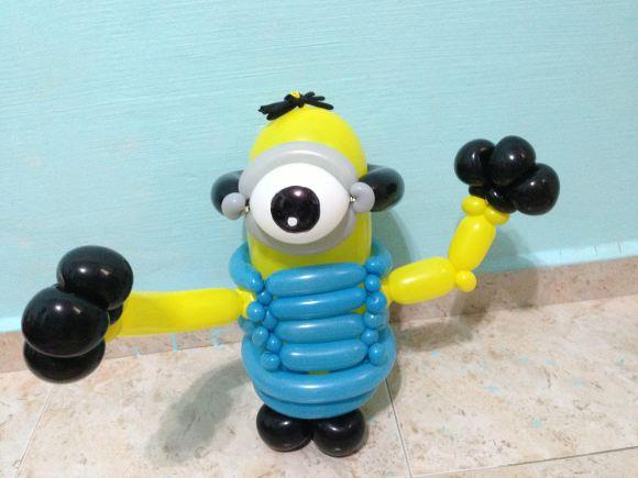 balloon-minion-sculpture-singapore