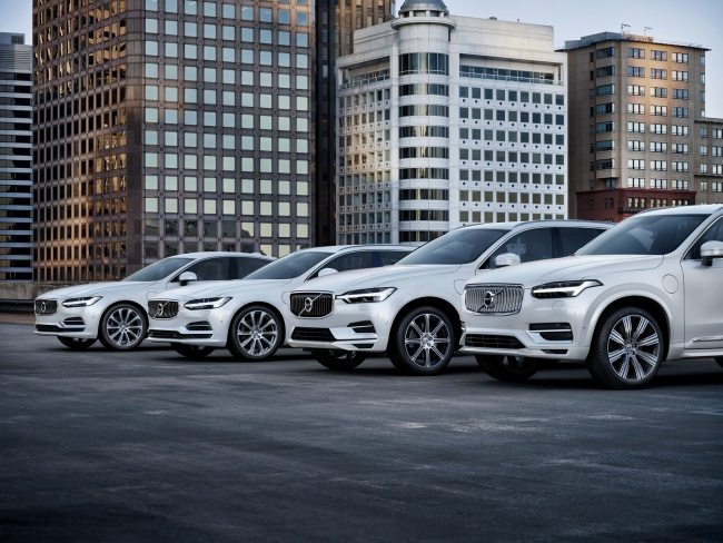 Volvo Launches New Model Performance Of Year Xc90 Xc60