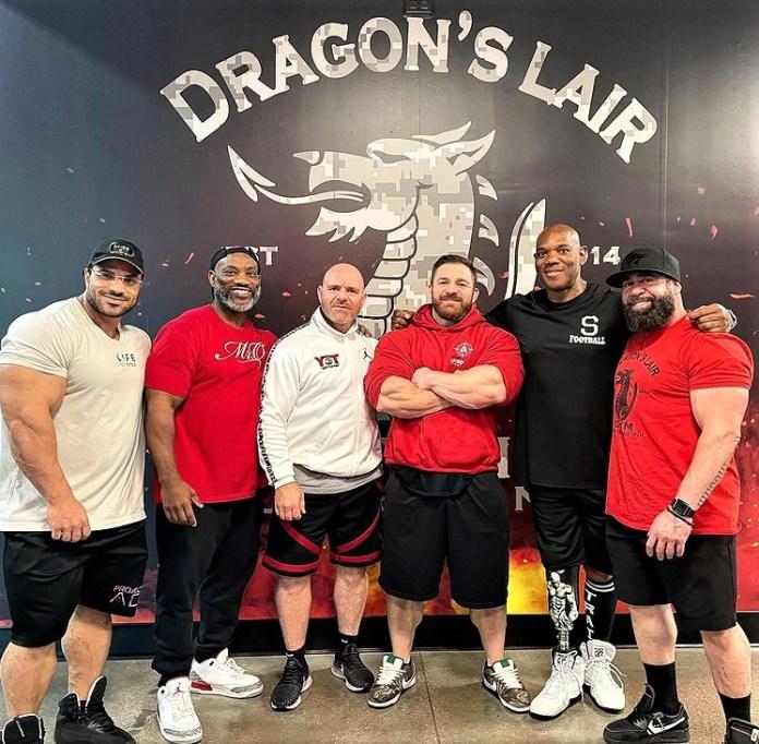 champion bodybuilders in The Dragon's Lair, Las Vegas