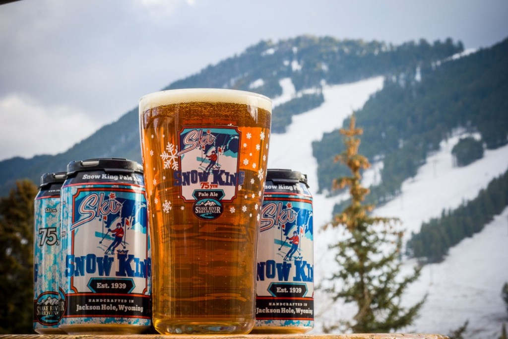 Snake river brewing pint glass and snow