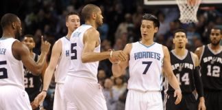 Jeremy Lin had 29 points to led the Hornets to a comeback win over the Spurs.