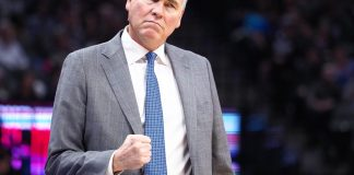 Nov 25, 2016; Sacramento, CA, USA; Houston Rockets head coach Mike D'Antoni reacts after a play against the Sacramento Kings during the third quarter at Golden 1 Center. The Houston Rockets defeated the Sacramento Kings 117-104. Mandatory Credit: Kelley L Cox-USA TODAY Sports
