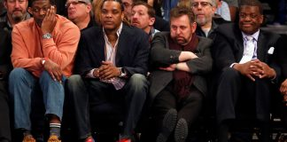 Feb 12, 2017; New York, NY, USA; Larry Johnson, Latrell Sprewell, New York Knicks executive chairman James L. Dolan and Bernard King look on during the first quarter against the San Antonio Spurs at Madison Square Garden. Mandatory Credit: Adam Hunger-USA TODAY Sports