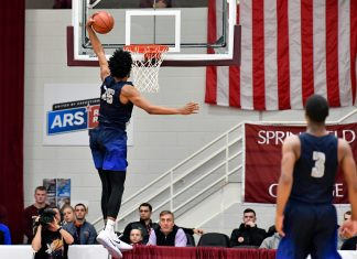 Jan 16, 2017; Springfield , MA, USA; Sierra Canyon School Trailblazers player Marvin Bagley III (35) dunks and scores against the La Lumiere School Lakers at Blake Arena. Mandatory Credit: Brian Fluharty-USA TODAY Sports