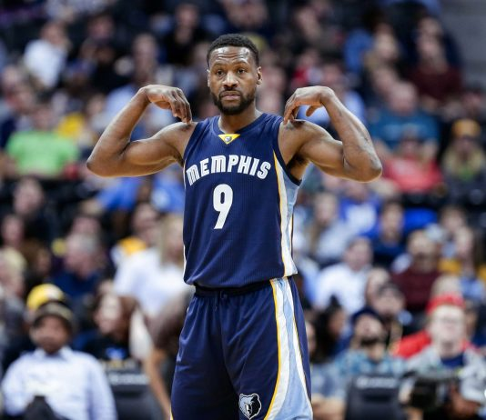 Feb 26, 2017; Denver, CO, USA; Memphis Grizzlies guard Tony Allen (9) in the fourth quarter against the Denver Nuggets at the Pepsi Center. The Grizzlies won 105-98. Mandatory Credit: Isaiah J. Downing-USA TODAY Sports