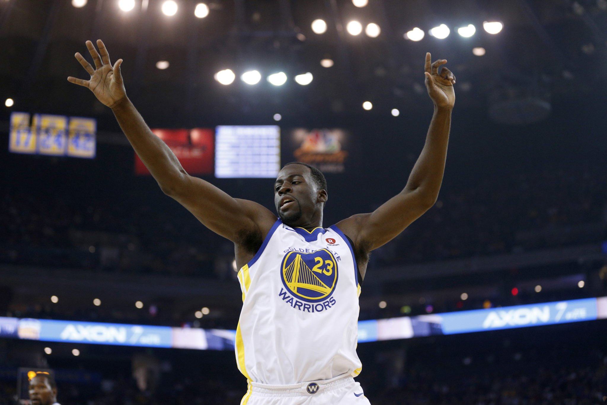 Warriors forward's MRI exam on knee negative