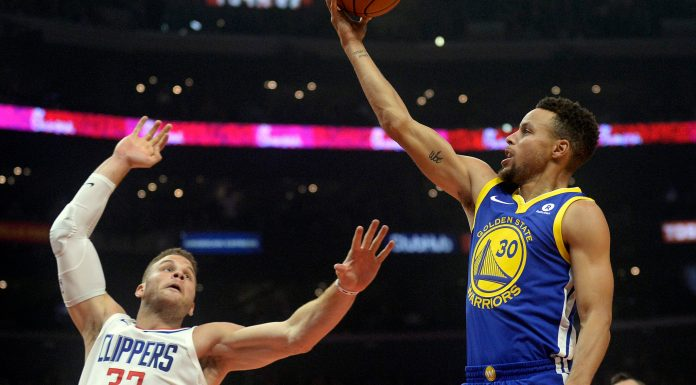 October 30, 2017; Los Angeles, CA, USA; Golden State Warriors guard Stephen Curry (30) moves to the basket against Los Angeles Clippers forward Blake Griffin (32) during the first half at Staples Center. Mandatory Credit: Gary A. Vasquez-USA TODAY Sports