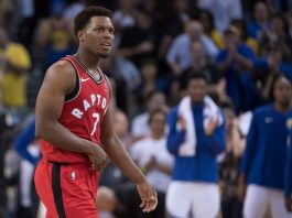 October 25, 2017; Oakland, CA, USA; Toronto Raptors guard Kyle Lowry (7) reacts after an injury against the Golden State Warriors during the fourth quarter at Oracle Arena. The Warriors defeated the Raptors 117-112. Mandatory Credit: Kyle Terada-USA TODAY Sports