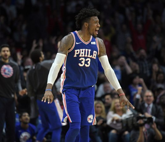Nov 13, 2017; Los Angeles, CA, USA; Philadelphia 76ers forward Robert Covington (33) celebrates after making a 3-point basket in the fourth quarter against the Los Angeles Clippers during an NBA game at Staples Center. The 76ers defeated the Clippers 109-105. Mandatory Credit: Kirby Lee-USA TODAY Sports
