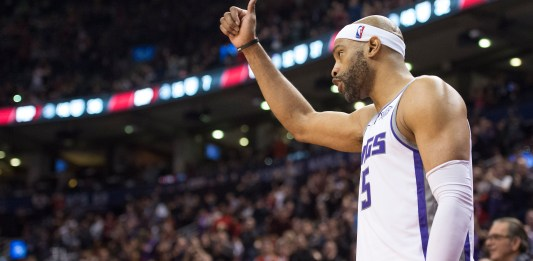 Dec 17, 2017; Toronto, Ontario, CAN; Sacramento Kings guard Vince Carter (15) acknowledges the crowd during a game against the Toronto Raptors in the fourth quarter at Air Canada Centre. Mandatory Credit: Nick Turchiaro-USA TODAY Sports