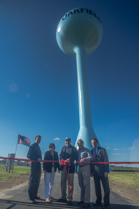 Oakfield cuts ribbon on new 500K gallon water tower  The