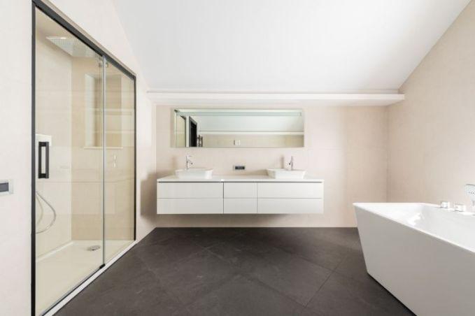 Cuartos de baño con plato de ducha