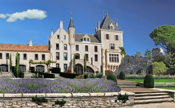 Chteau Les Carrases Luxury accommodation  Proyectos