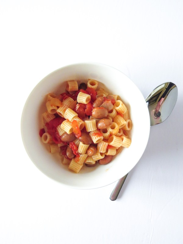 Pasta è Fagioli - This recipe is literally translated to pasta and beans and is also sometimes called Pasta Fazool. It's super easy to make, only taking less than 30 minutes and only 5 ingredients!