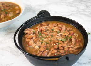 Jalapeño pintos with shredded rotisserie chicken - delicious, healthy, easy weeknight meal!