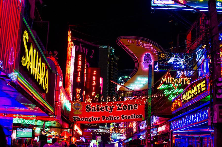 Soi Cowboy, Bangkok, Thailand