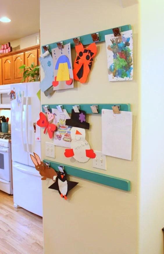Ideas de como exponer dibujos en casa de manera artistica - Ikea pinzas cocina ...
