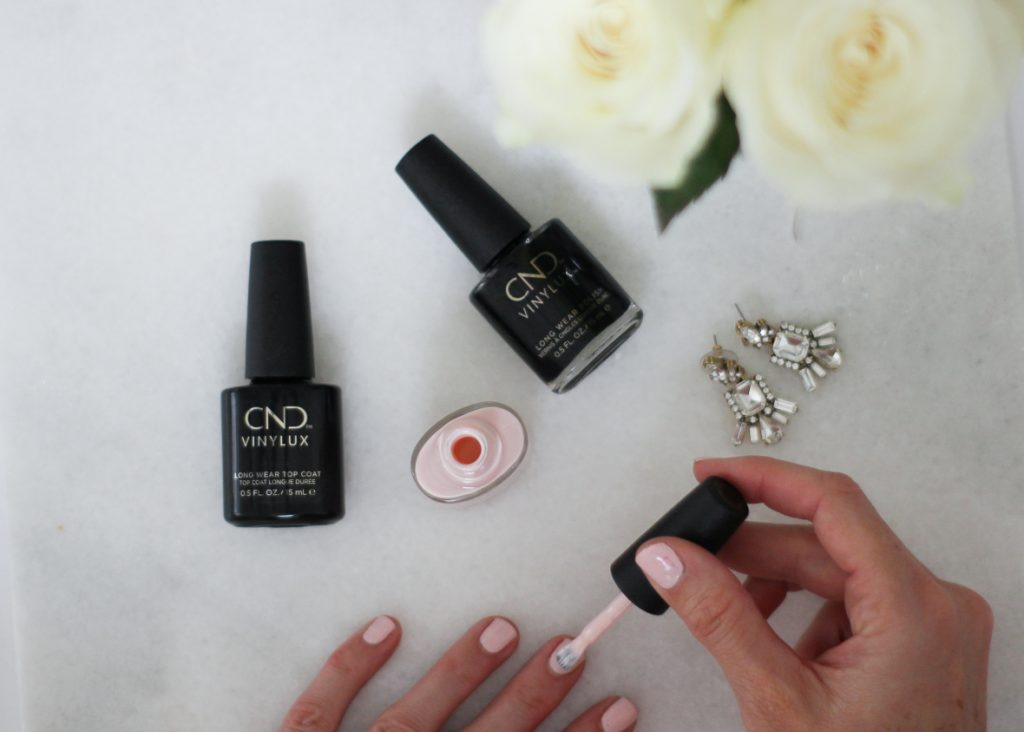 How to achieve Flawless Nails in under 20 Minutes   I am sharing my best beauty hack for flawless nails in under 20 minutes and how to get out of the door fast! #beautyhack #quickmanicure #fastmanicure #CNDVINYLUXatRA #manimonday #fallnailpolish #tricks #colors