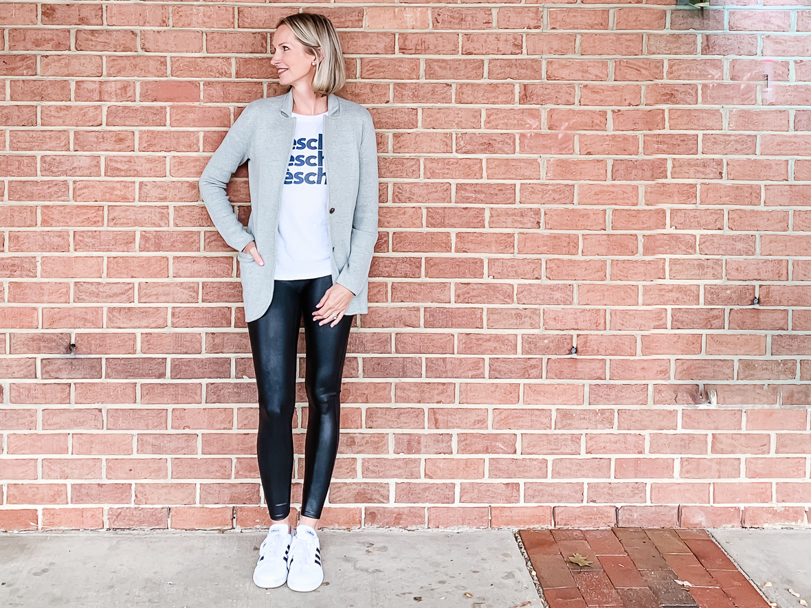 FALL OUTFIT IDEA | THE KNIT SWEATER BLAZER - I am sharing a fall outfit idea perfect for running errands or lunch with a girlfriend, including a knit sweater blazer, a graphic tee & white sneakers.