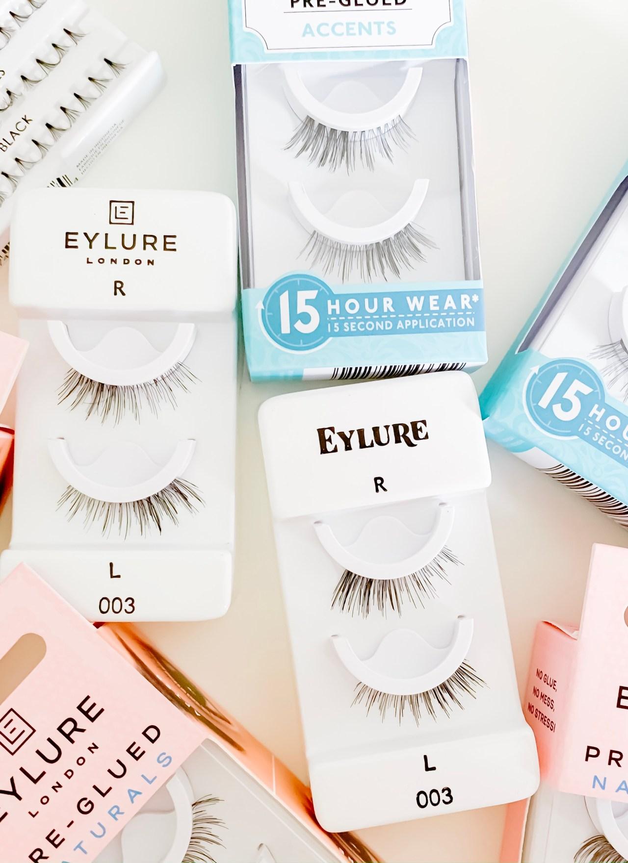 THE EASIEST WAY TO APPLY FALSE EYELASHES | I am sharing my best tips and the easiest way to apply false eyelashes on the blog today, along with my 2 favorite kinds of false lashes.