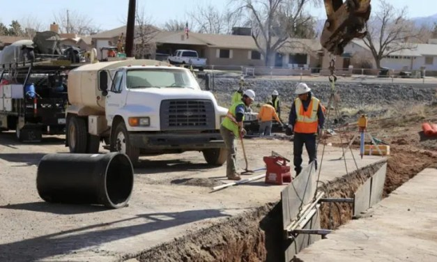 Kino Avenue Waterline Project Continues, Lane Closures Extended.