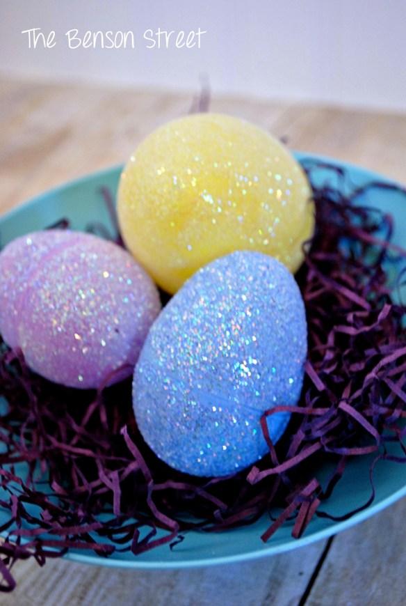 DIY Glitter Eggs at www.thebensonstreet.com 8