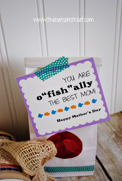 Printable Best Mother's Day Tag at www.thebensonstreet.com