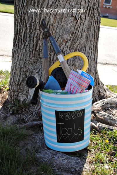 DIY Chalkboard Popcorn Can Makeover at www.thebensonstreet.com