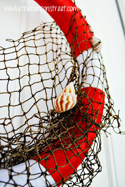 Life Preserver Beachy Wreath at www.thebensonstreet.com