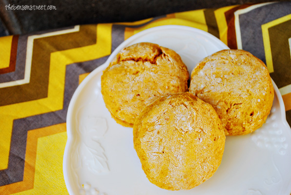 Delicious Fall Recipe for Pumpkin Scones at thebensonstreet.com
