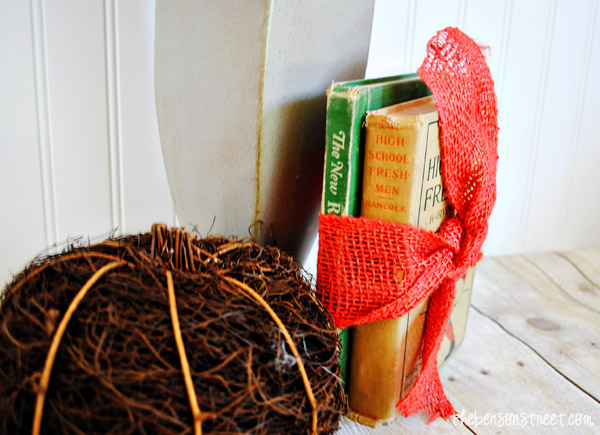 Easy Vintage Book Decor at thebensonstreet.com