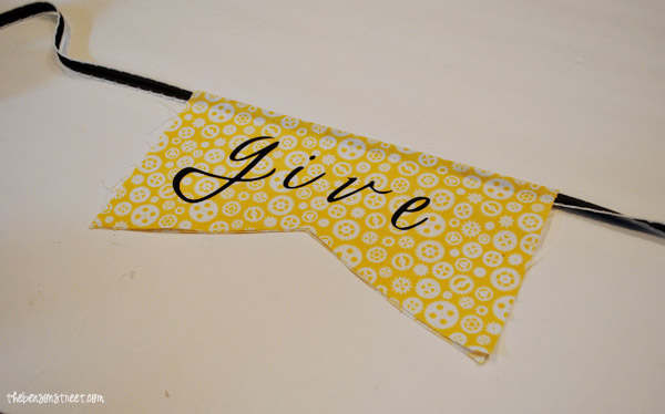 Give Thanks Fabric Banner at thebensonstreet.com