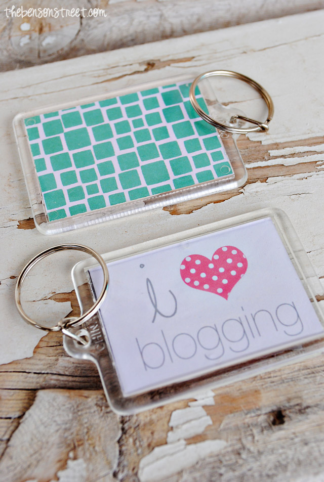 I Heart Blogging Keychain at thebensonstreet.com
