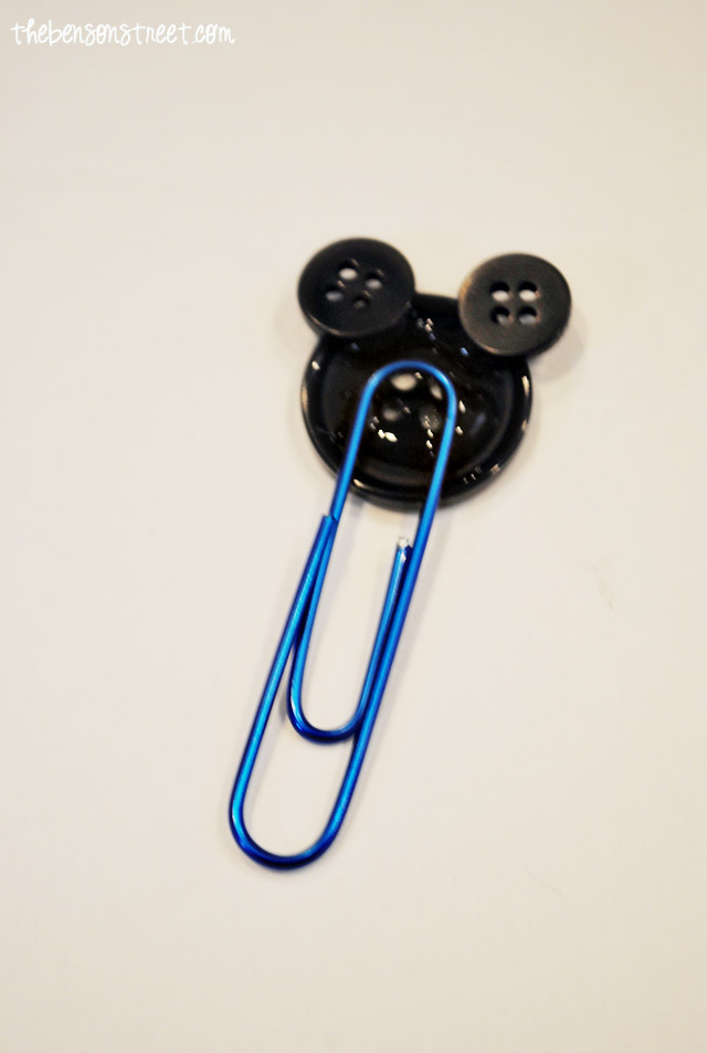 Easy to Make Mickey Paper Clips at thebensonstreet.com
