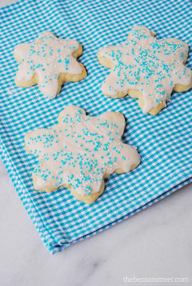 Old Fashion Sugar Cookie Recipe at thebensonstreet.com