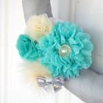 DIY Swappable Flower Cluster Wreath