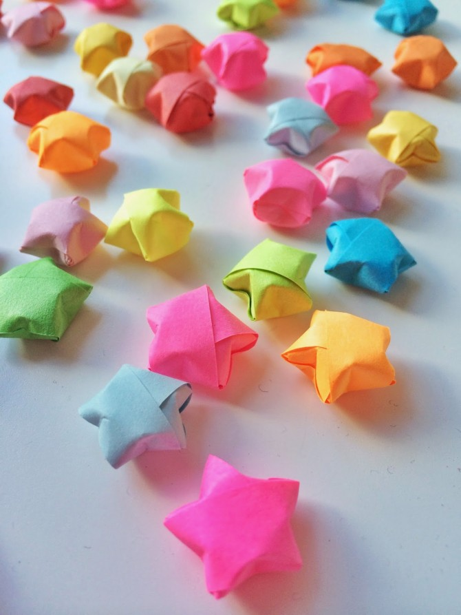 origami-lucky-stars-craft-670x893